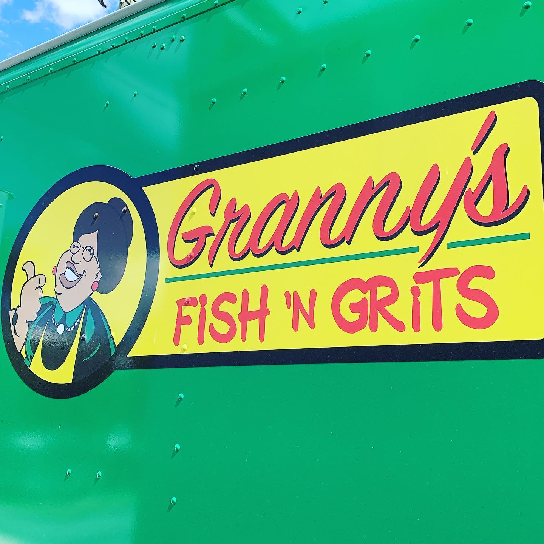 Granny's Fish 'N Grits Food Truck